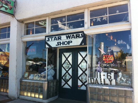 Sucher & Sons Star Wars Shop